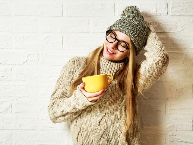 冬支度に身を包む女性